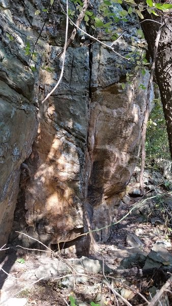 Rock Climbing Photo: The overhanging and bare Fiddleback Wall on the ri...