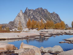 Rock Climbing Photo: Hiking through the Enchantment Lakes, Mt Stuart Ba...