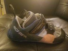found shoe