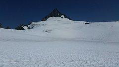 Rock Climbing Photo: Shuksan pyramid from Sulphide Glacier