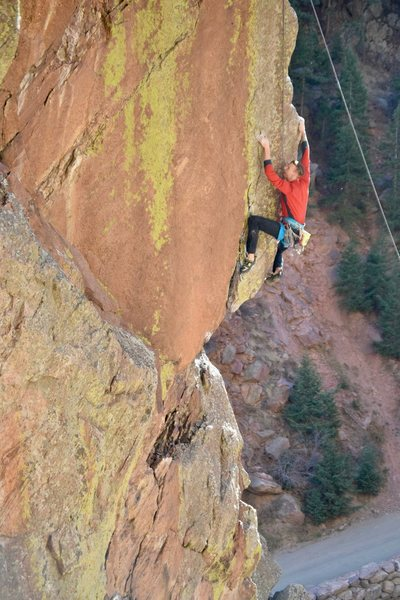 A top rope rehearsal, sussing out the end of the crux. <br> <br> Photo by Bobby Gill.