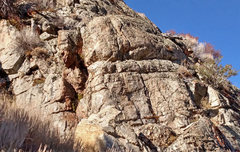 Rock Climbing Photo: Access to Miroir sector 8 mid-level ledge at botto...