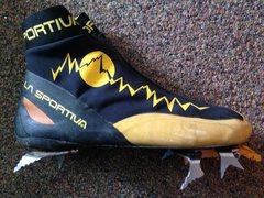 Rock Climbing Photo: La Sportiva Fruit Boots