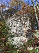 Rock Climbing Photo: Unknown Boulder around Wolf Rock.
