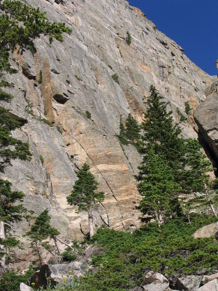 Rock Climbing Photo: Jagged Arch is clearly visible.