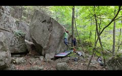Rock Climbing Photo: Holding the swing on the double clutch 'Dookie...