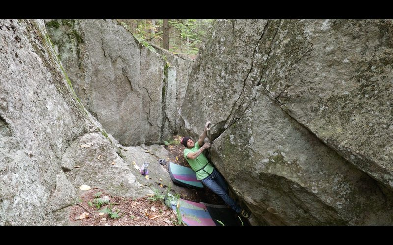 Rock Climbing Photo: The last hard move of the crux sequence of 'Th...