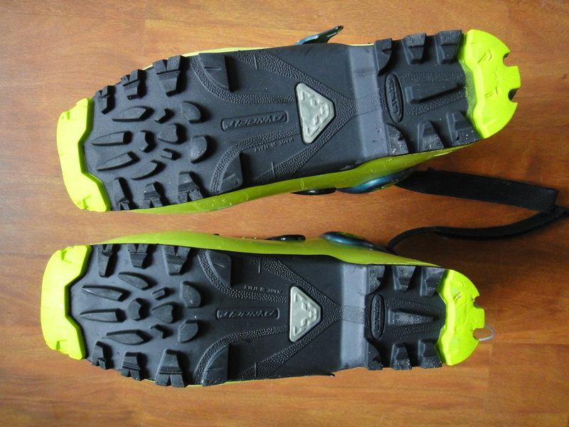 TLT6 sole detail