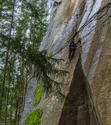 Rock Climbing Photo: Taking a break on the Zipper
