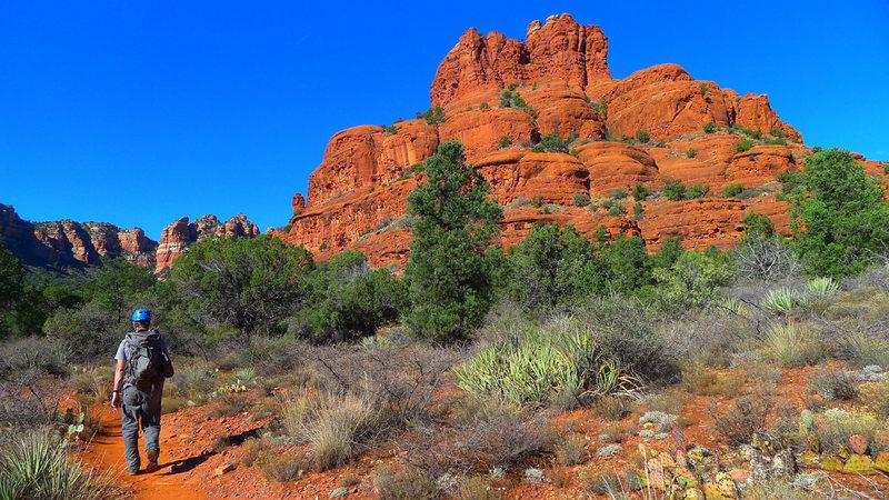 Rock Climbing Photo: Bell Rock as seen on the short approach.