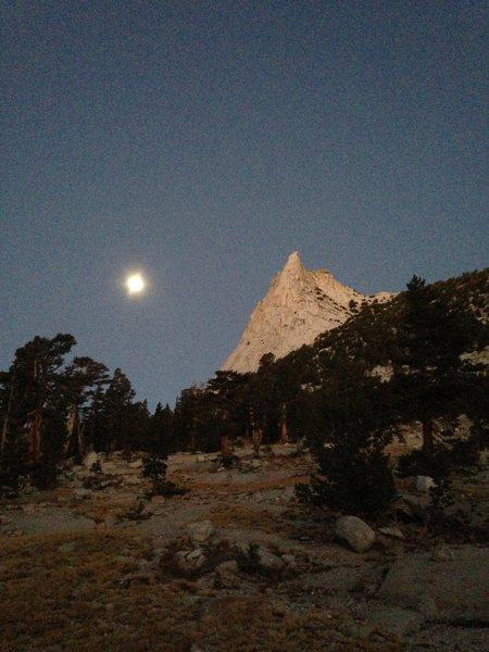 Rock Climbing Photo: Moonset
