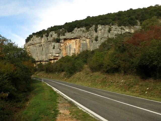 Rising above the road, the Gavranik sector is the furthest crag to the east at Limski Kanal