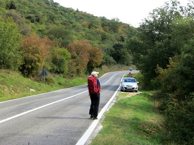 Parking to the east of Gavranik on the road