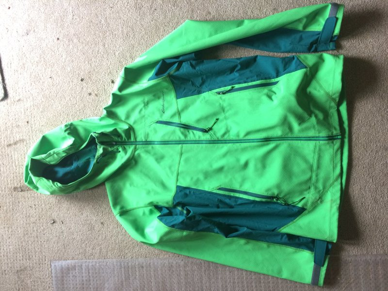 Mens Medium Eddie Bauer Soft shell