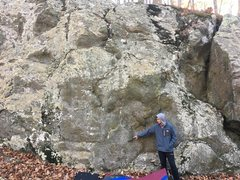Rock Climbing Photo: Austin points to the low start flake for Horse Anc...