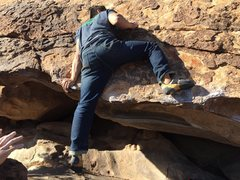 Rock Climbing Photo: Topping out Moonshine Right