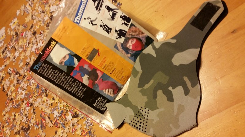 neoprene face mask, like new in bag, sz lrg $10