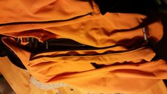 Rock Climbing Photo: Gore windstopper softshell, sz lrg, lrg pit zips $...