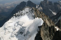 Rock Climbing Photo: A view of the Barre and Dome de Neige des Ecrins f...