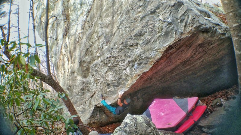 Rock Climbing Photo: Working onto the arete