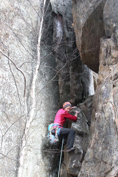 Rock Climbing Photo: approaching the actual hole in the wall
