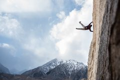 Rock Climbing Photo: Strong Winds in the Buttermilks photo by Drew Smit...