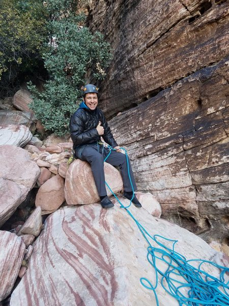Scott360 Belaying P1, he is so lazy! He did this the whole way up! I will let him chime in