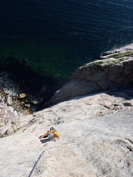 Rock Climbing Photo: oceanside walling in newfoundland
