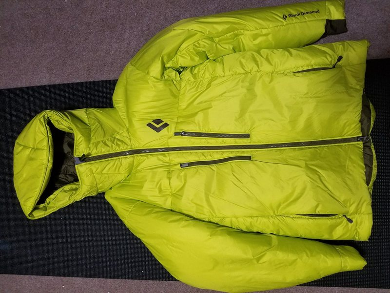 Black Diamond Stance Belay Parka (S). Nearly new, SOLD
