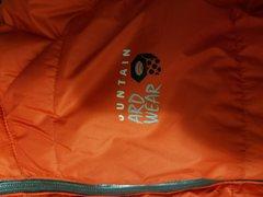 Mtn Hardwear Nilas. Wear on the chest logo
