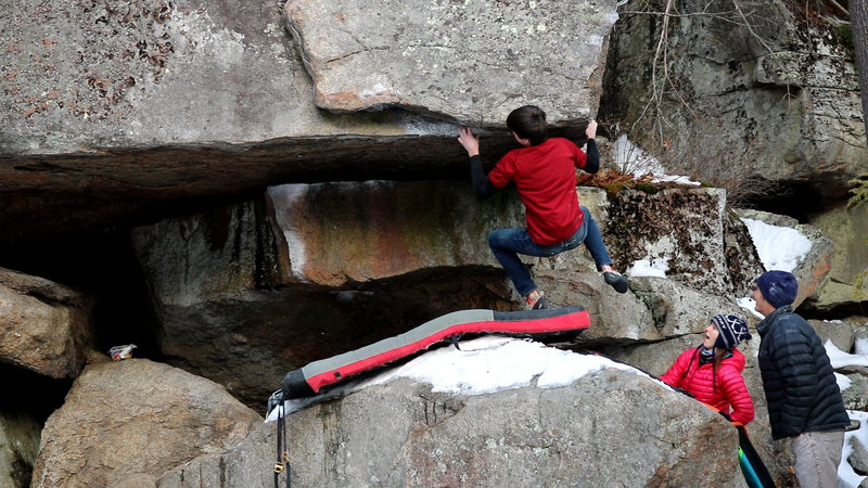 Rock Climbing Photo: Taking the swing on Overlooked Right and getting r...