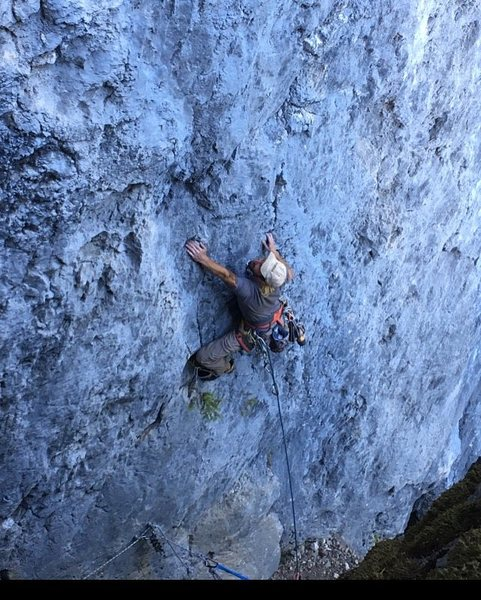 Rock Climbing Photo: On the sharp end, trinity aretes