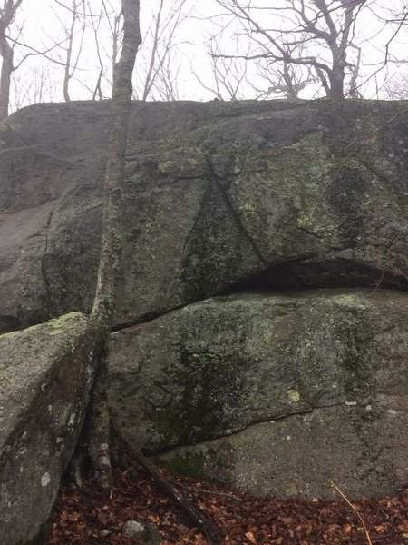 Rock Climbing Photo: Approached via service road from Arnold Valley ove...