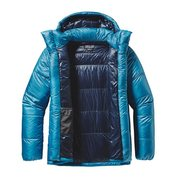 Jacket with draft tubes by zipper
