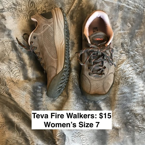 Teva Fire Walkers - Women's Size 7