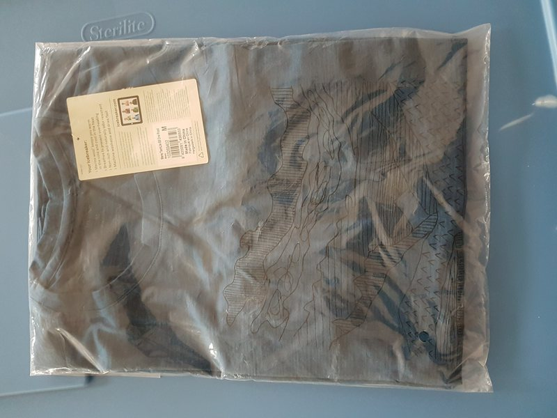 Packaged shirt<br>