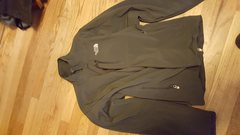TNF Softshell fleece mens L