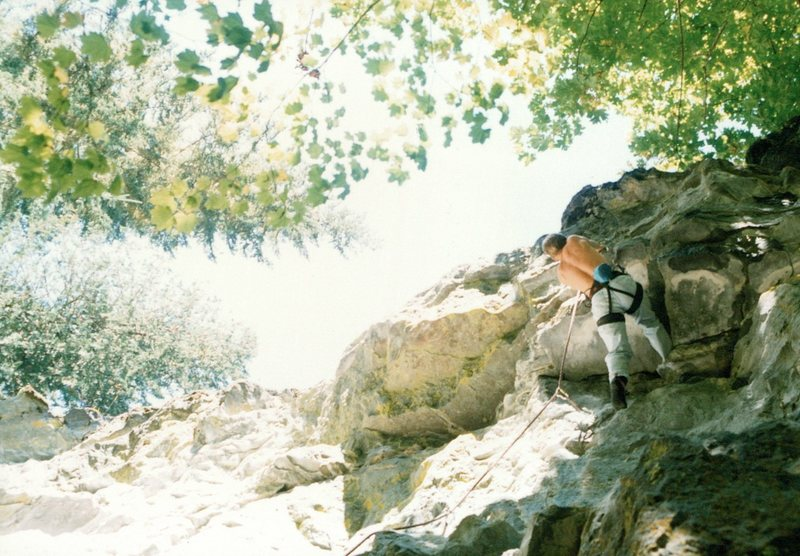 Rock Climbing Photo: The roof on 'Twisted Soul'