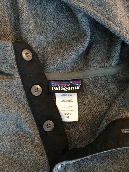 Rock Climbing Photo: Patagonia fleece hoody