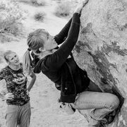 Rock Climbing Photo: Shannon Tipton Bouldering with Sarah Krings-Lien