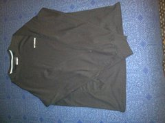 Columbia Omni-Wick long sleeve <br />Size Large with thumb hole cuffs <br />$15 shipped