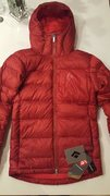 New with tags. great jacket for belaying in cold weather.