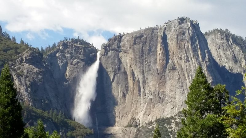 Yosemite Falls / Lost Arrow Spire