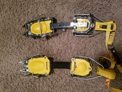 Rock Climbing Photo: Grivel G12 Crampons