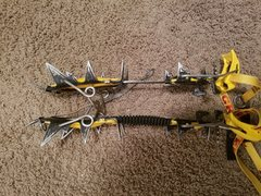 Rock Climbing Photo: G12 Crampons