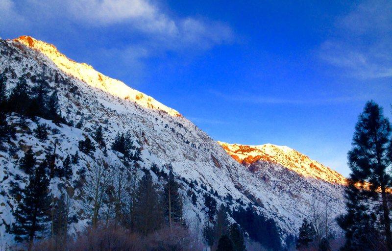 June Lake winter alpinglo!!