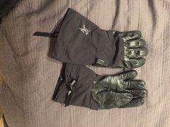 Arcteyrx Alpha SV Gloves