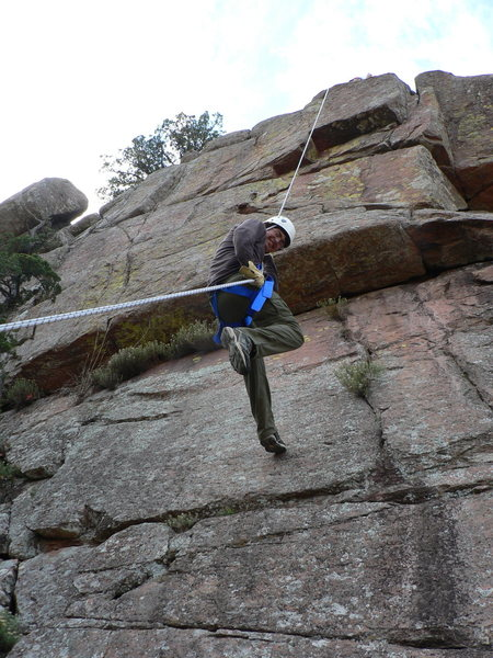 Jonathan Balew on rappel