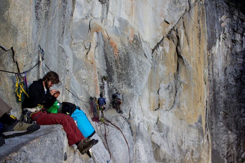 Rock Climbing Photo: Party on Ahwahnee ledge