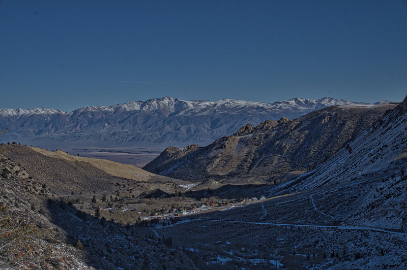 Rock Climbing Photo: Aspendell in winter, from the North Lake Road.